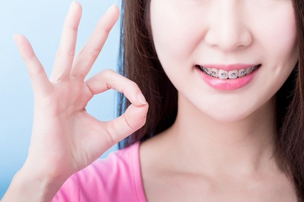 Có thể chia nhỏ các bữa ăn để xương hàm và răng hoạt động ít đi