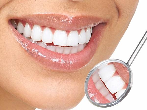 Bọc răng sứ sẽ giúp bạn có nụ cười tự tin hơn