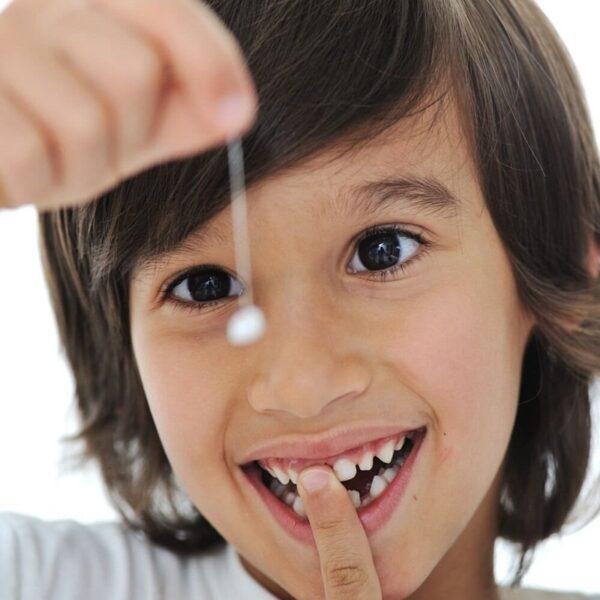 Một số phương pháp tự nhổ răng tại nhà được dân gian áp dụng